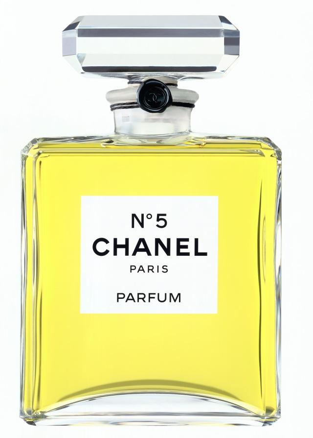 chanel n5 bottle